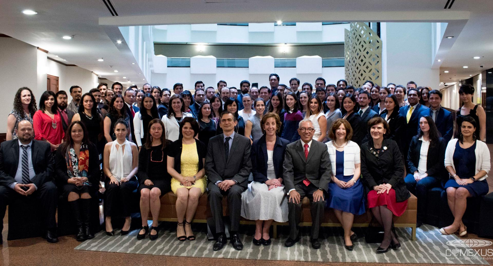 Alumni receive the Fulbright-García Robles Scholarships